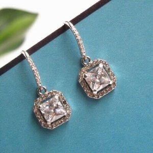 Stella & Dot Jewelry - Stella & Dot - Deco Drop Earrings